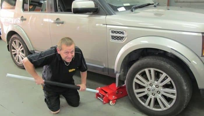 Service - Tyre and Wheel Repair
